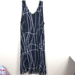 Avenue Women's Sleeveless V-neck Dress 10E